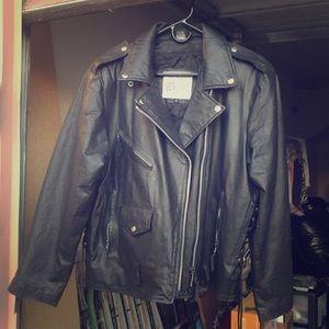 Women's leather jakcket